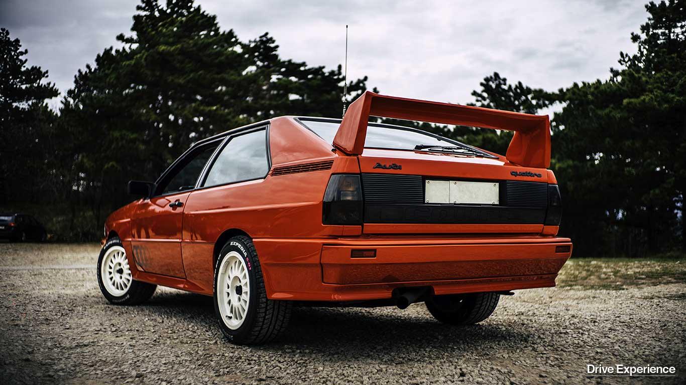 Audi quattro la capsula del tempo drive experience for Quattro piani di garage per auto