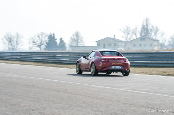 DRIVE EXPERIENCE ACADEMY 5 CORSO-64
