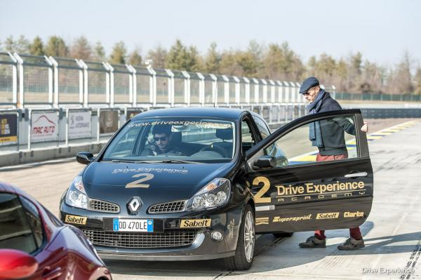 DRIVE EXPERIENCE ACADEMY 5 CORSO-7