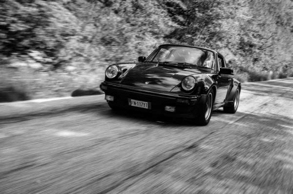 PORSCHE 911 TURBO 4 MARCE (5)